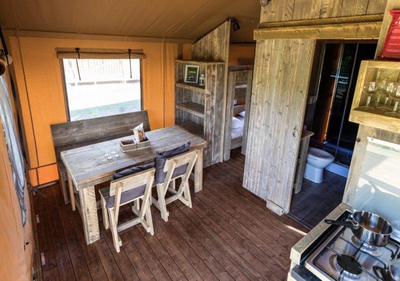 Inrichting safaritent - La Maison Bornat, glamping.nl