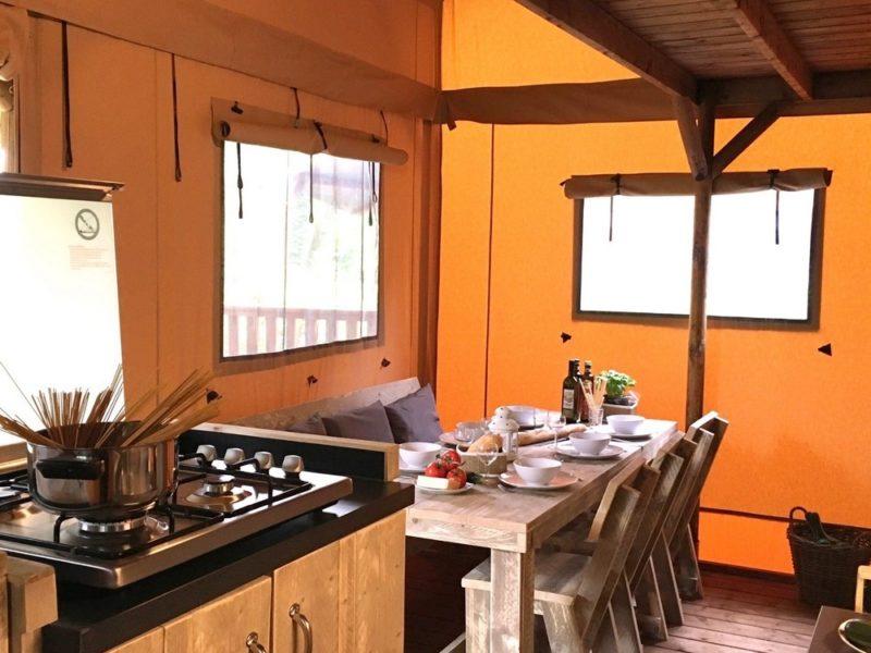Keuken safaritent - Paradiso, Glamping.nl