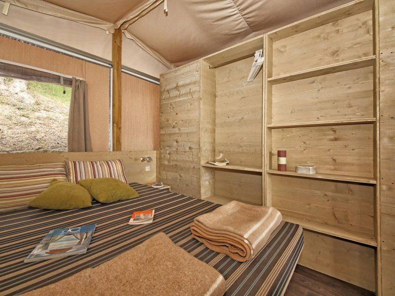 Lodgetent select deluxe - slaapkamer