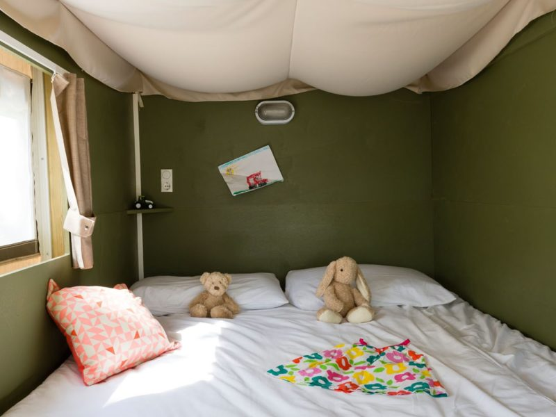 bed Airlodge glamping