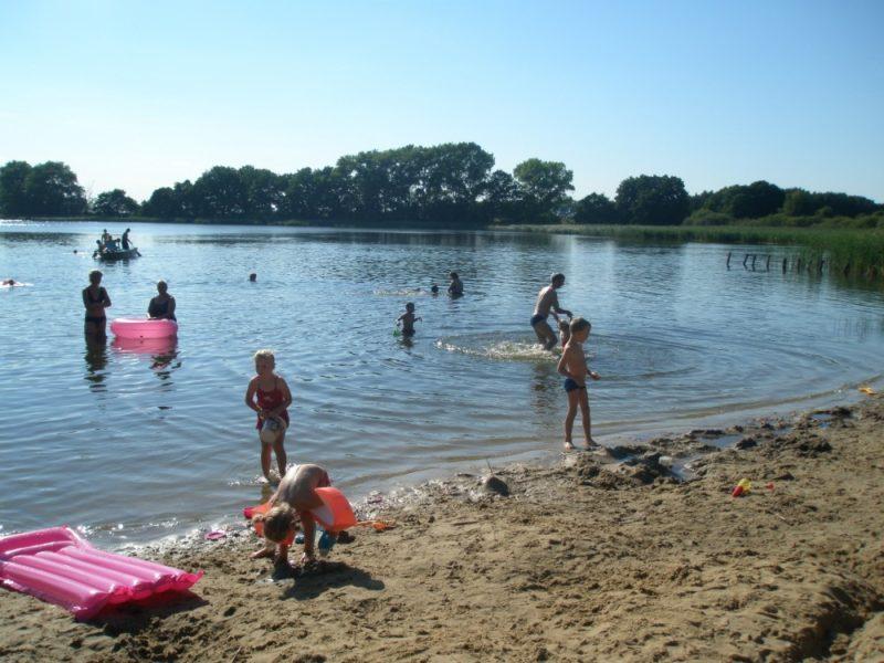 Zwemvijver - Am Blanksee, glamping.nl