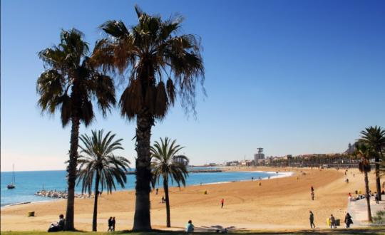 De mooiste stranden bij Barcelona