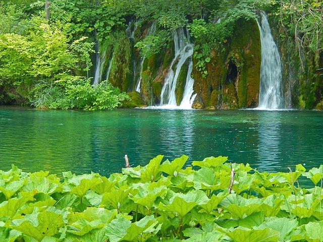 plitvice-lakes-1235224_640
