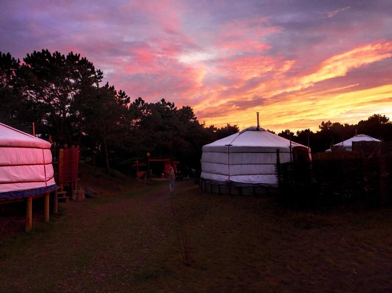 luxe kamperen aan de nederlandse kust