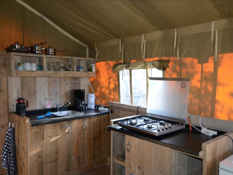anemoone tent keuken