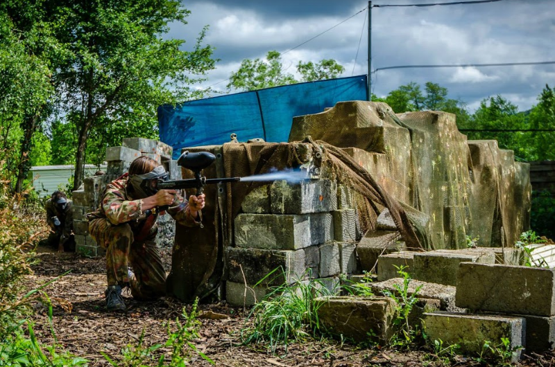 outdoor camping barvaux paintball