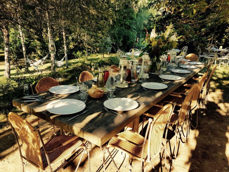 Gezellig samen eten op La Douce France