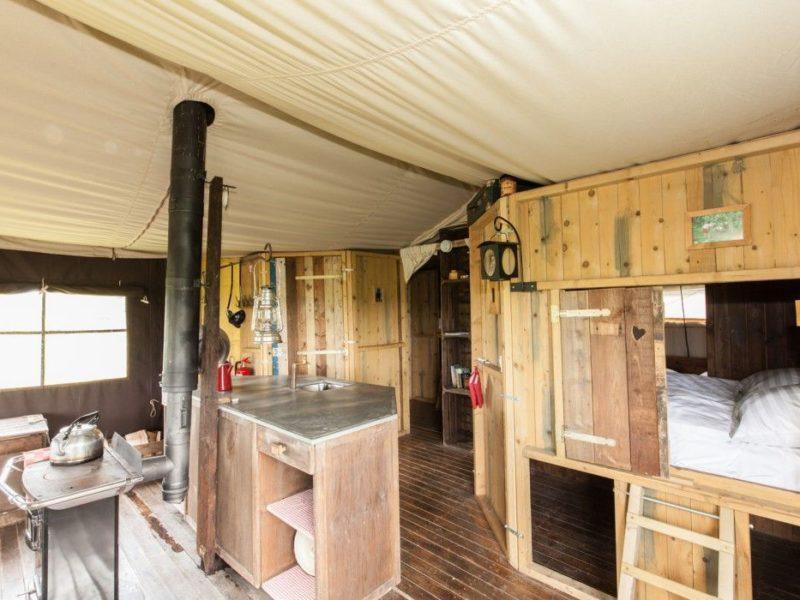 De Welzijnshoeve Interieur BoerenBed Tent
