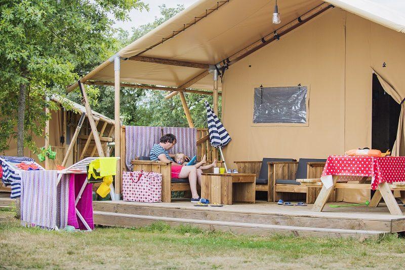 RCN-camping-la-Ferme-du-Latois-safaritent