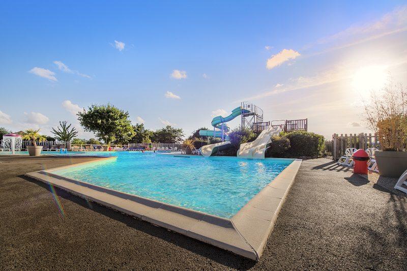 RCN-camping-la-Ferme-du-Latois-zwembad