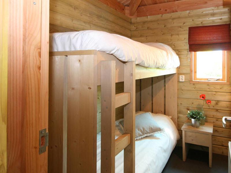 Slaapkamer 2 hooiberg - RCN de Noordster, Glamping.nl
