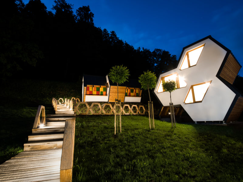 Skok Cottages by night