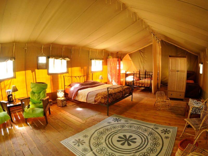 Interieur Safaritent le Grand Bois