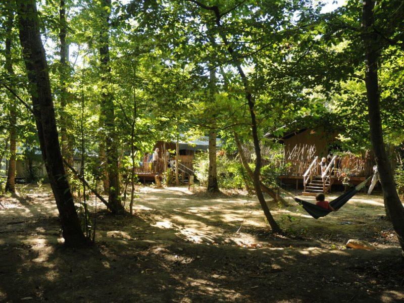 Luxe kamperen in het bos bij Le Graind Bois