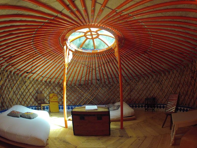 interieur yurt O bois dormant