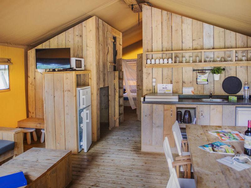Inrichting safarilodge - Le Moulin de la Pique, glamping.nl
