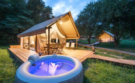 Resort Chateau Ramšak - Glamping.nl