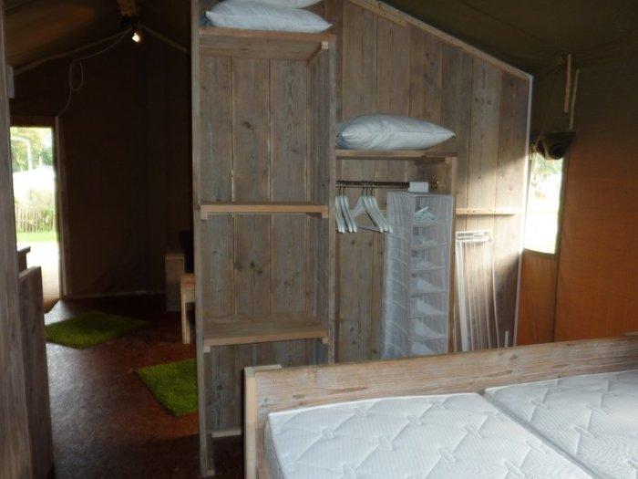 Glamping - De konijnenberg - slaapkamer safaritent