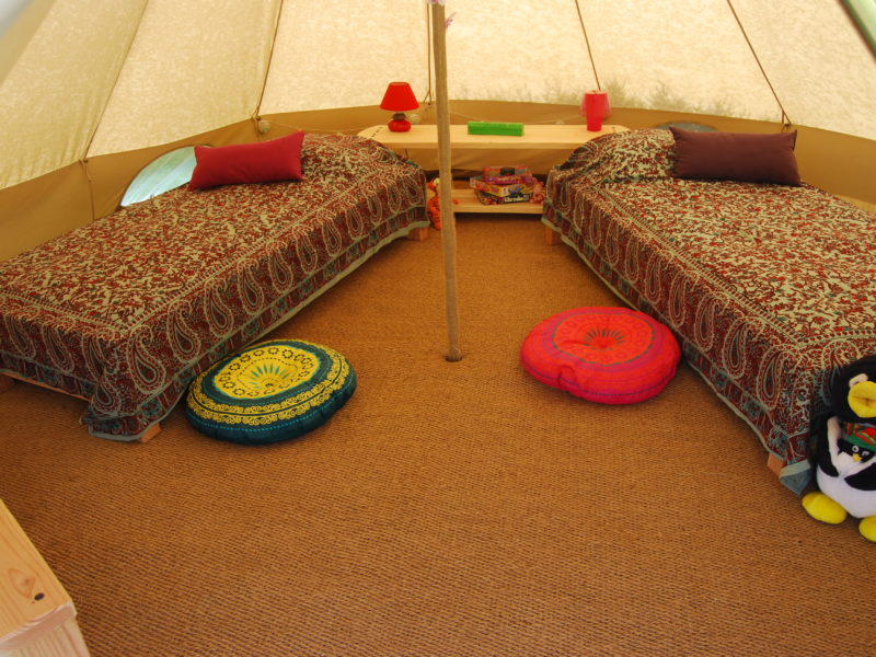 Kinda Kamping - Glamping - kinderslaapkamer bell tent
