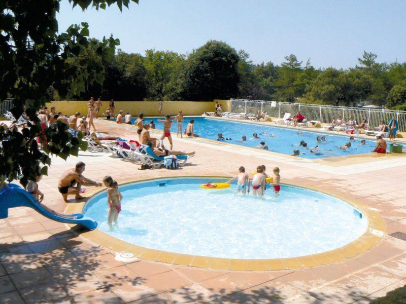 Glamping - Côteau de la Marine - zwembaden op de camping
