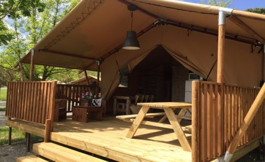 Soulac Plage via Glamping4All - Glamping.nl
