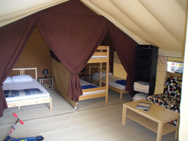 Glamping - Le vieux port - slaapkamers safaritent