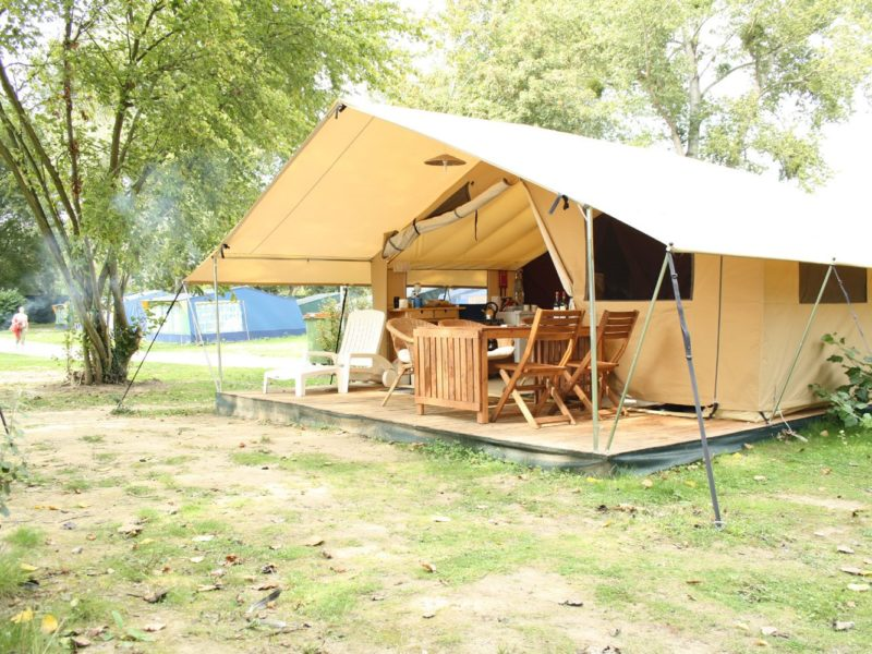 Glamping - Le vieux port - plaats safaritent