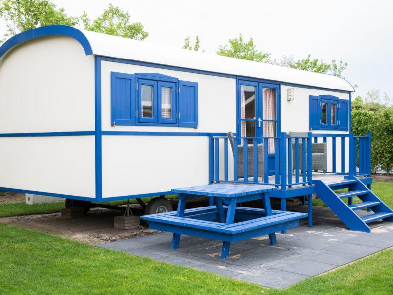 Pipowagen blauw-wit - Glamping International
