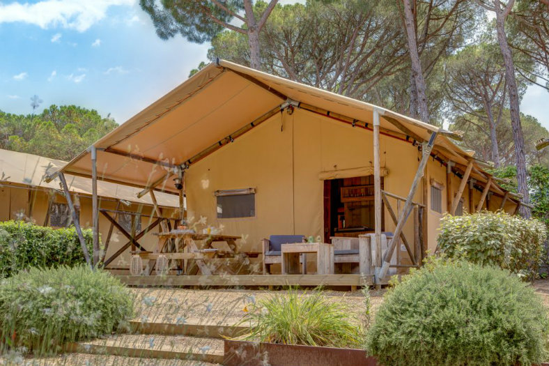 Lodgetent- Les Deux Fontaines, glamping.nl