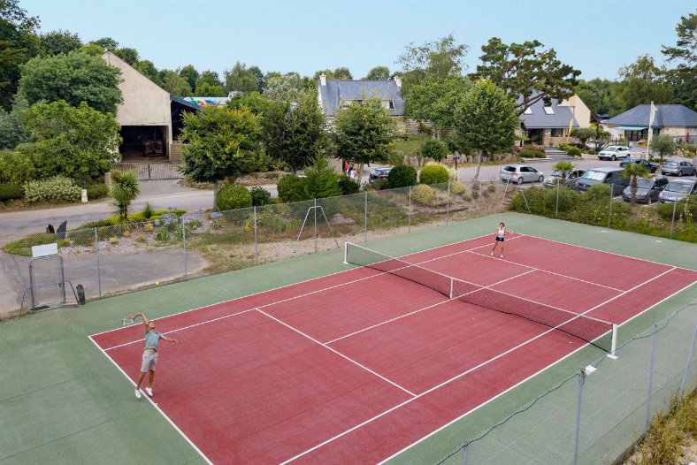 Tennisbaan - Les Deux Fontaines, glamping.nl