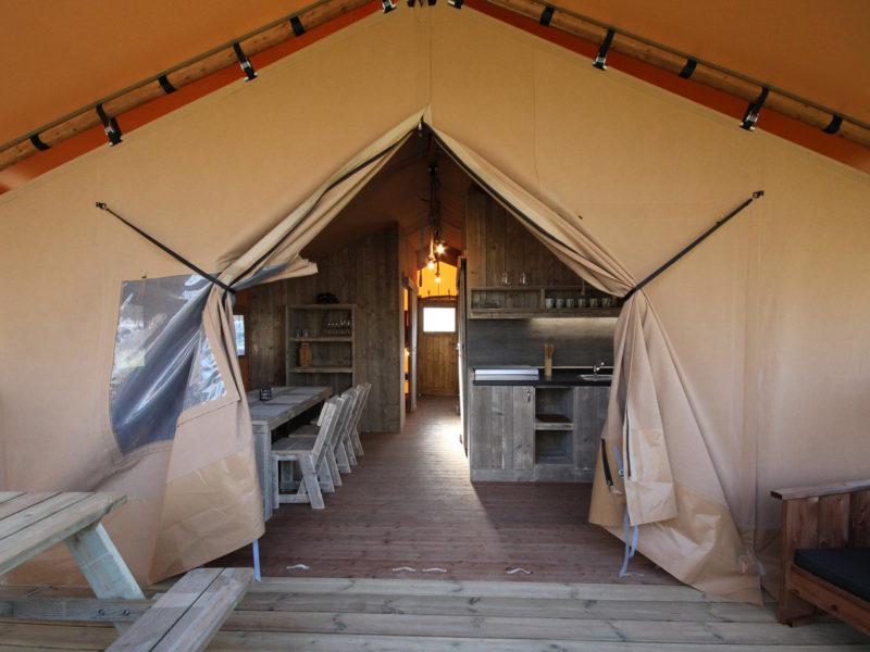 Inrichting safaritent - Camping Naumburg, glamping.nl