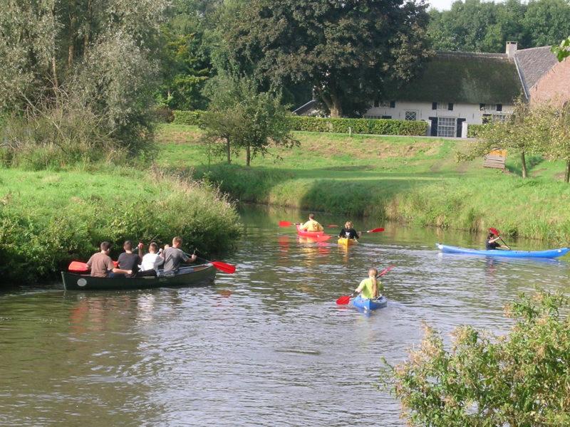 Kanoën omgeving - DroomPark Hooge Veluwe, glamping.nl