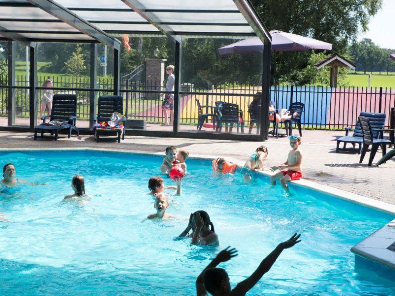 't-veld-zwembad