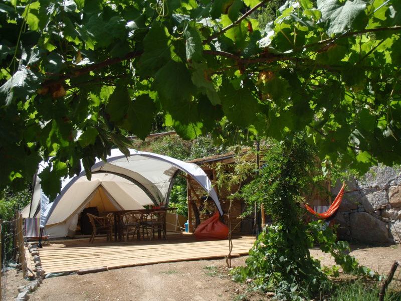 Aanzicht bell tent - Quinta das Corujeiras - Glamping