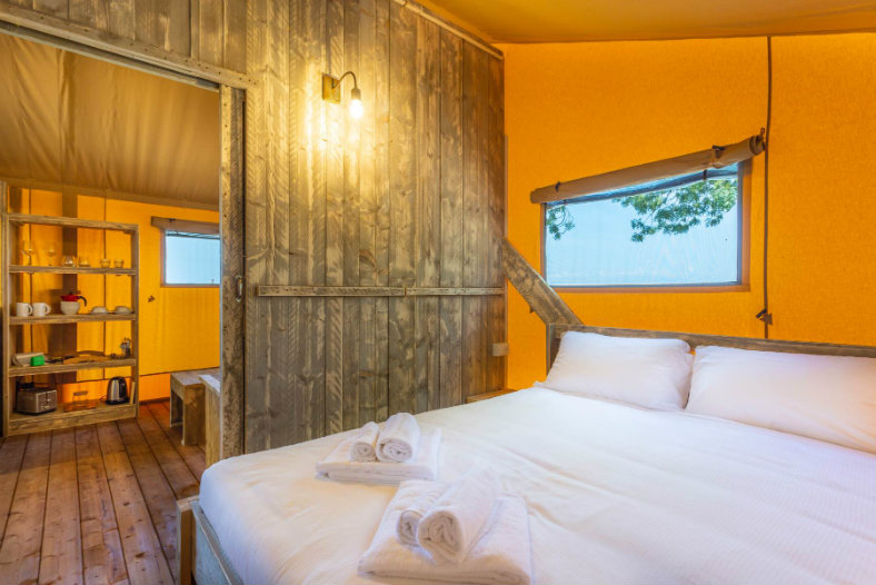 Slaapkamer safaritent - Tenuta Regina