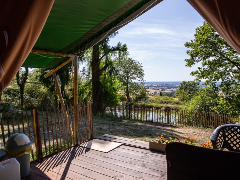 Uitzicht safaritent - Chateau de Satenot
