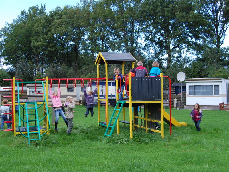 Speeltuin kids - Recreatiepark Westerkwartier, glamping.nl