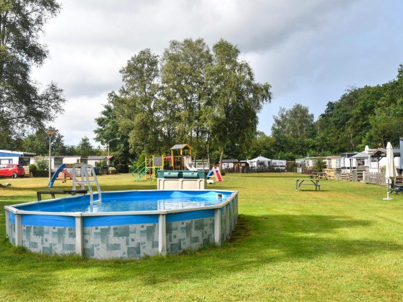 Zwembad op veld - Westerkwartier