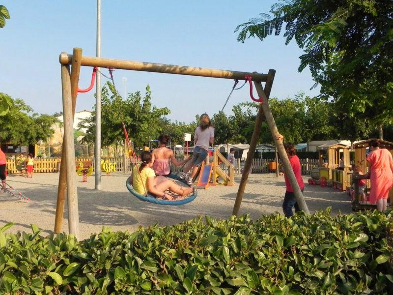 Speeltuin kids - Villatent La Masia, Glamping.nl