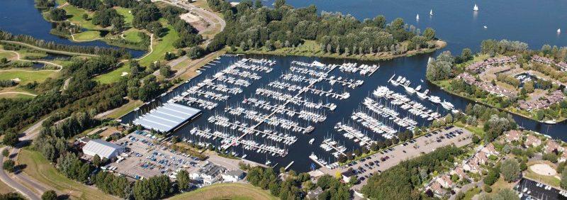 Luchtfoto Jachthaven Naarden - Glamping