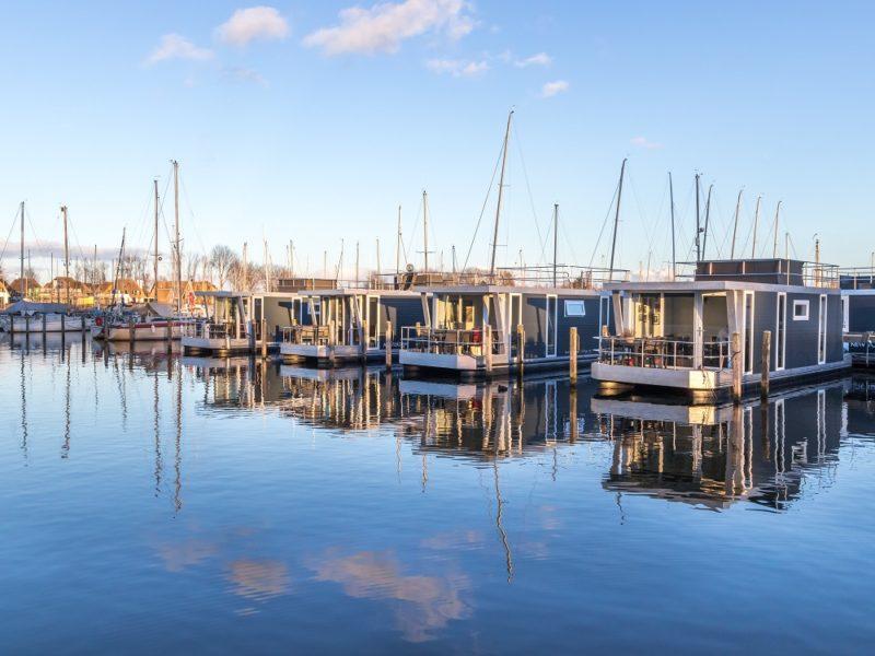 Aanzicht havenlodges - Marina Parcs Tineke Bakker