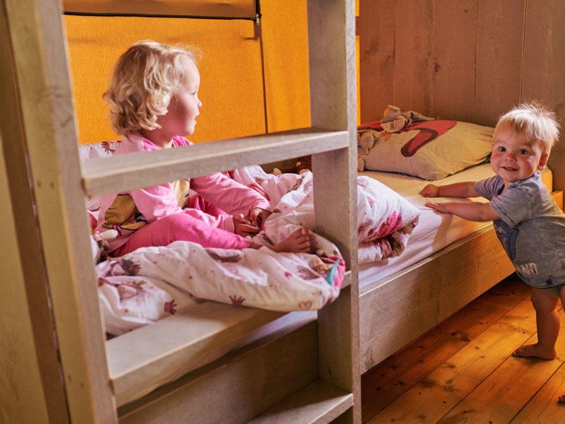 Slaapkamer kids - Villatent La Roche d'Ully, glamping.nl