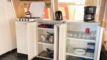 Keuken lodgetent - Leï Suves, Glamping.nl