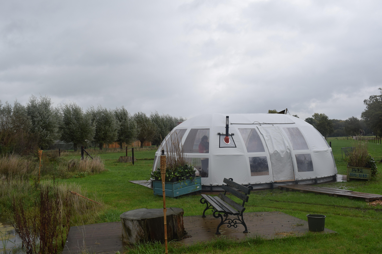 DOF Panorama Tent Glampspiration No. 2 via Glamping.nl