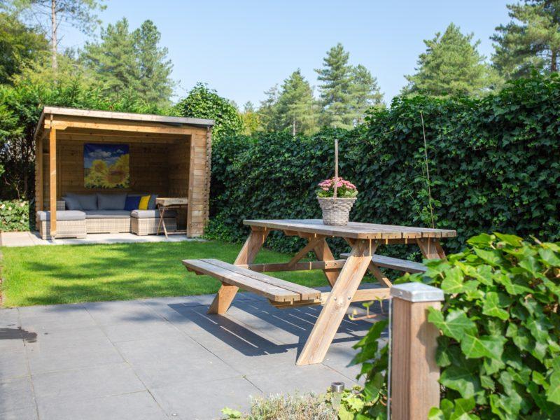 Picknicktafel in tuin - De Thijmse Berg