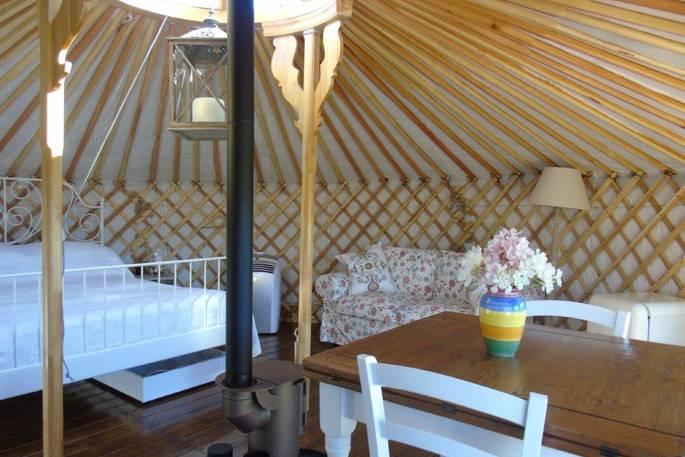 Woonkamer - Leccio del Corno Yurt