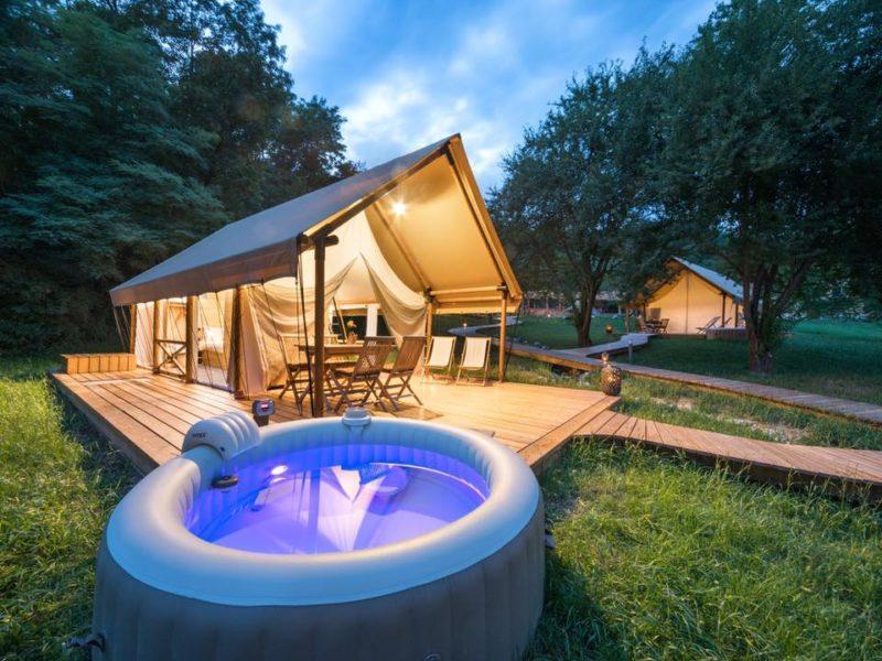 Millenials kiezen voor glamping - Resort Chateau Ramšak