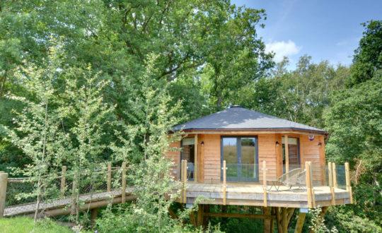 Oakey Koakey Treehouse - Glamping.nl