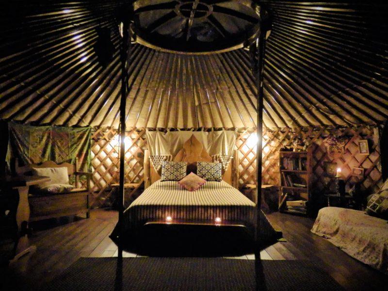 voordelen van glamping in een yurt