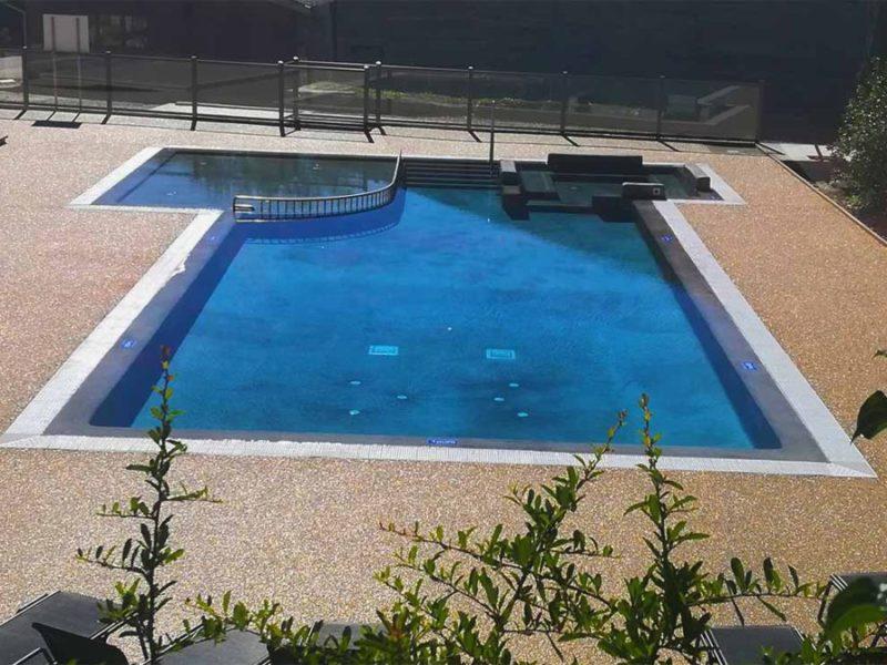 Buitenzwembad - La Serre